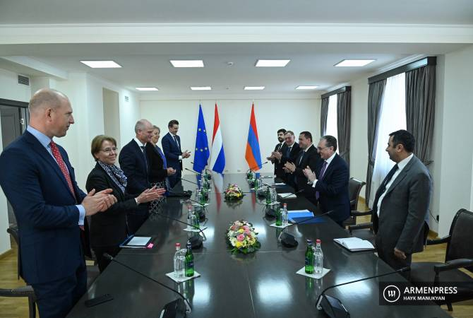 FMs of Armenia, Netherlands satisfied with level of dialogue
