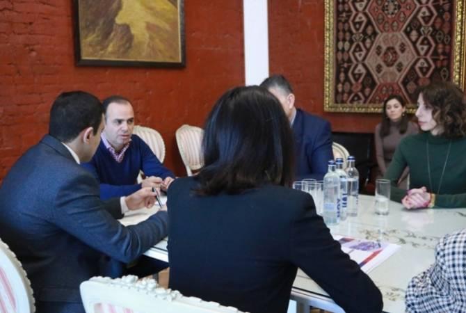 Заре Синанян провел ряд встреч в России