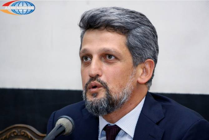Garo Paylan demands answers from Turkish authorities over hate crimes targeting Christian cemetery