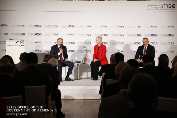 Ален Симонян считает формат встречи Пашинян-Алиев выигрышным для армянской стороны