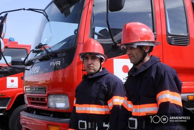 Փրկարարներն օգնություն են ցուցաբերել խափանված ավտոմեքենայի վարորդին և ուղևորներին