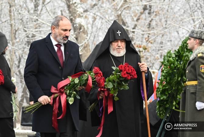 Премьер-министр, президент, Католикос Всех Армян и др. высокопоставленные лица посетят Цицернакаберд