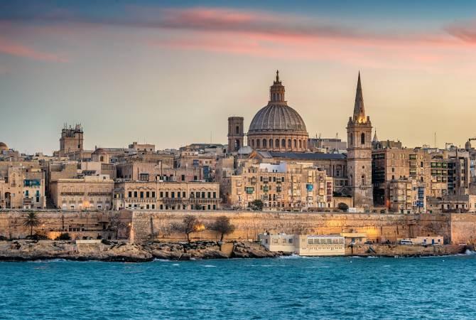 Мальта начинает снимать ограничения, введенные из-за коронавируса