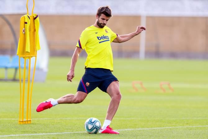 Испанские клубы могут начать групповые тренировки