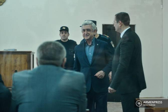 Адвокат представил ходатайство об отсрочке судебного заседания по делу Сержа Саркисяна