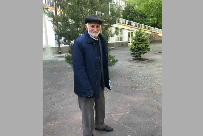 96-year-old Armenian man recovers from COVID-19 and walks home unassisted
