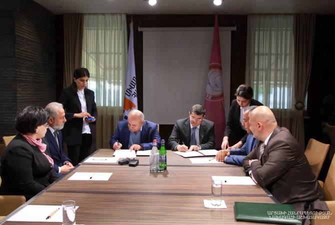 В Арцахе Араик Арутюнян и Самвел Бабаян подписали меморандум о сотрудничестве