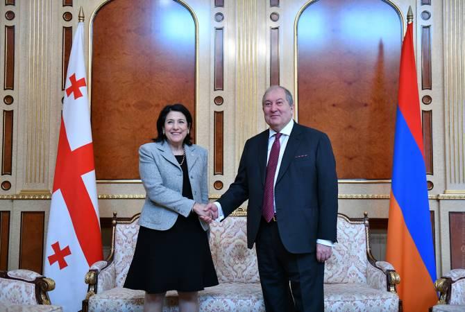 Армен Саркисян поздравил президента Грузии по случаю Национального праздника  страны
