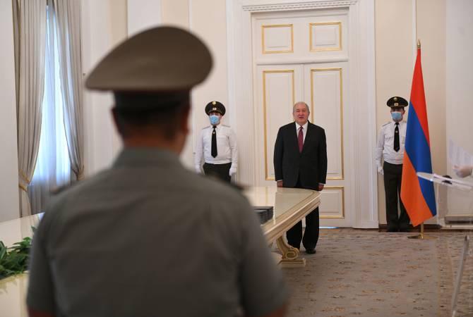 В резиденции президента состоялась церемония награждения