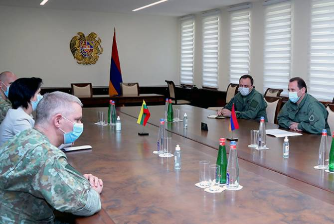 Armenian defense minister receives Lithuanian Ambassador
