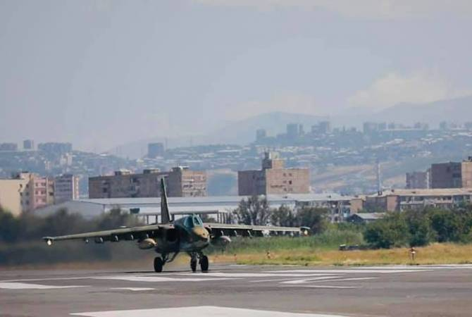 Armenian Air Force SU-25 attack aircraft hold drills