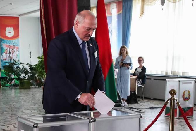 Лукашенко побеждает на выборах президента Белоруссии с 80,23%. Тихановская набирает 9,9%
