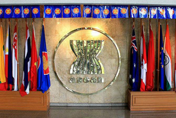 Вьетнам намерен в декабре провести совещание министров обороны стран АСЕАН