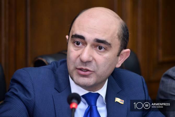 Эдмон Марукян предлагает создать трехстороннюю комиссию по делам военнопленных