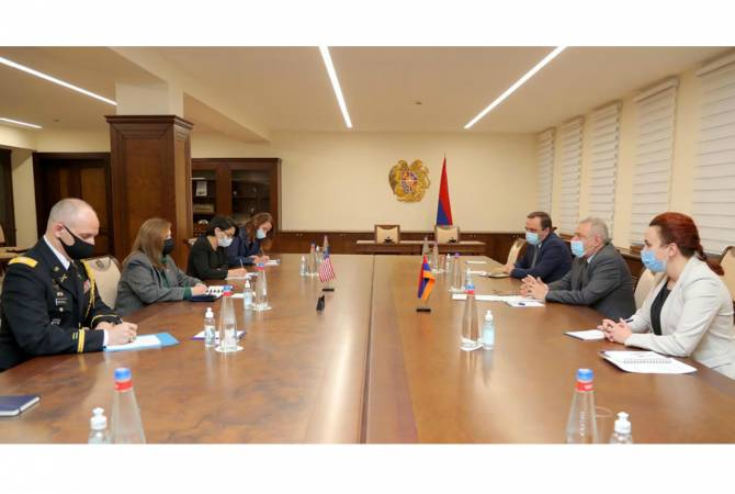 Armenian minister, US Ambassador discuss possibility of new course in defense cooperation