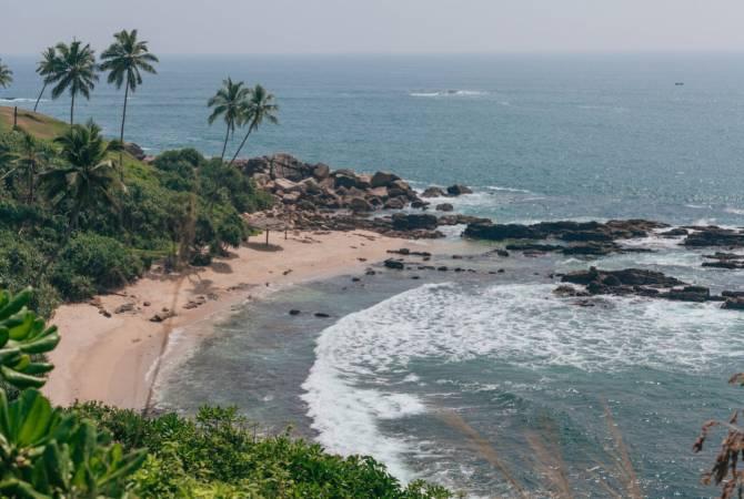 """Циклон """"Буреви"""" обрушился на побережье Шри-Ланки"""