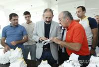 PM Pashinyan gets acquainted with programs aimed at creating new jobs in light industry and 