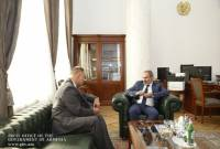 PM Pashinyan receives General Director of South Caucasus Railway CJSC