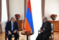 President Sarkissian hosts His Eminence Archbishop Levon Zekiyan