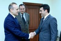 Armenian minister, Italian Ambassador discuss bilateral cooperation opportunities in a number 