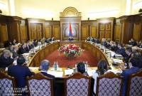 PM Nikol Pashinyan chairs briefing with Cabinet members on ongoing economic reforms