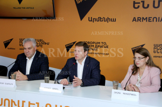 Press conference on economic cooperation between Armenia's 