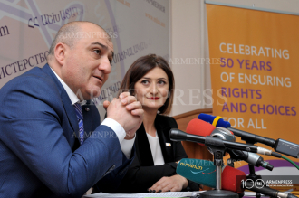 Press conference on International Day of Families