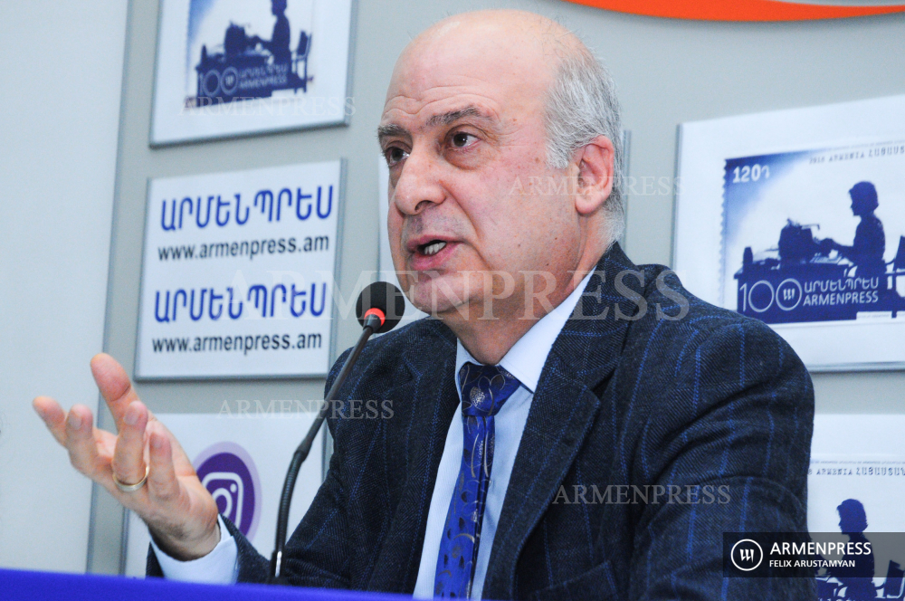 Language Committee chair Davit Gyurjinyan's press conference