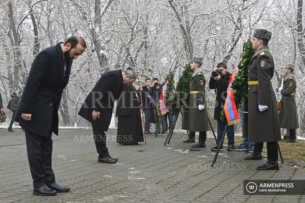 Armenia honors memory of Baku Pogrom victims