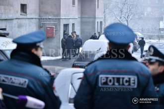Police outside deceased ex-NSS Director's home in Yerevan