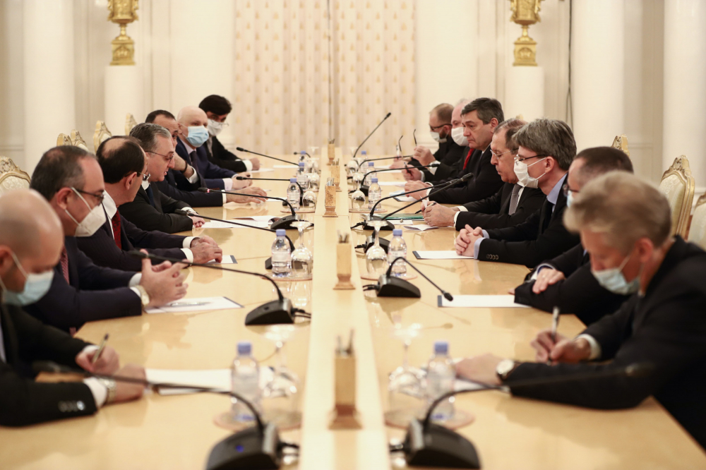 Meeting of Armenian, Russian FMs in Moscow