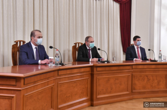 PM Nikol Pashinyan introduces new NSS Director