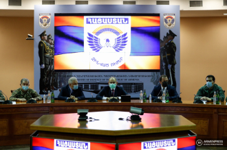 Armenian Prime Minister introduces new defense minister to 